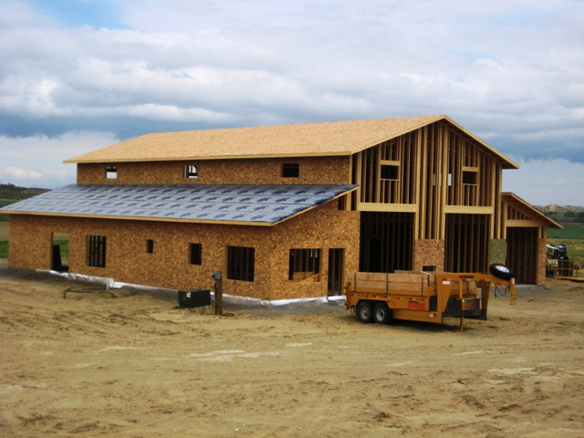 Pitch Roof Barndominium Home Barndopitchroof Pitch Roof    horse barns   living quarters floor plans